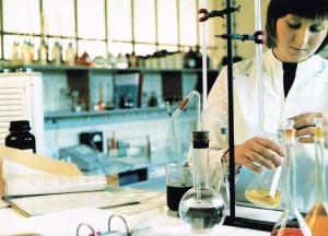 Das chemische Labor von MAYBAUM um 1972