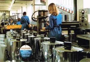 MAYBAUM Montage elektrischer Kleingeräte um 1972