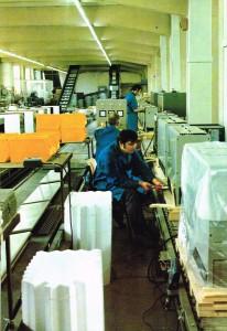 MAYBAUM Montageband elektrischer Speicherheizgeräte um 1972